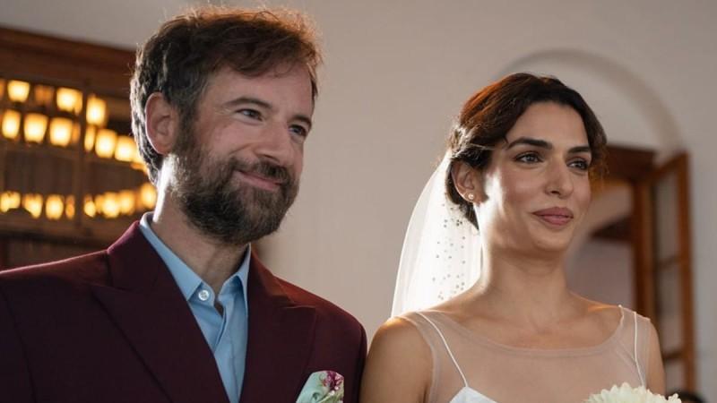 Τόνια Σωτηροπούλου: Αυτοί ήταν οι κουμπάροι της στον γάμο της με τον Κωστή Μαραβέγια